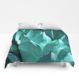 Aloe Vera Close Comforters
