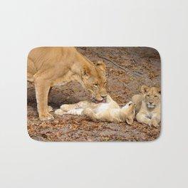 Bath Time for Lion Bath Mat