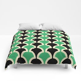 Classic Fan or Scallop Pattern 447 Black and Green Comforters
