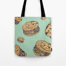 THERE'S ALWAYS TIME FOR AN ICE CREAM SANDWICH WITH CHOCOLATE CHIPS AND FUNFETTIS! - MINT Tote Bag