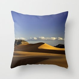 Pink Coral Sand Dunes, Utah at sunset Throw Pillow