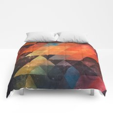 nyst Comforters