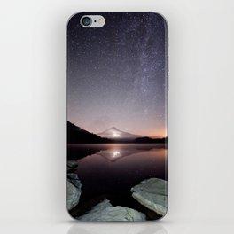 Trillium Lake iPhone Skin