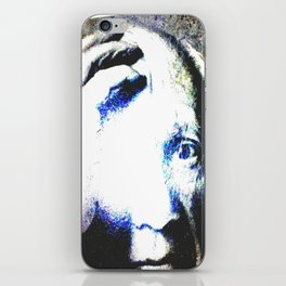 P the CASSO «the body in the middle» iPhone Skin