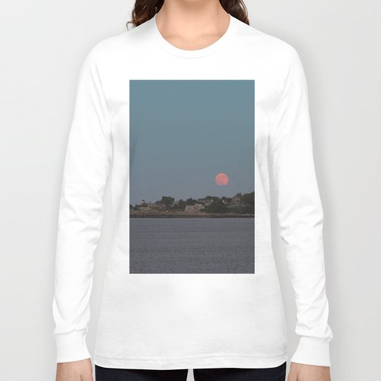 Full Strawberry Moon Rising over Rockport Long Sleeve T-shirt
