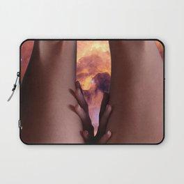 0025s-KCS The Gate of Heaven Creation Lies Between Her Thighs Laptop Sleeve