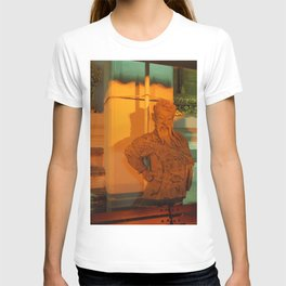 guard of light Statue T-shirt