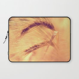 Summer romance in the grain field Laptop Sleeve
