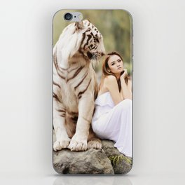 White Tiger from Bengal | Tigre blanc du Bengale iPhone Skin