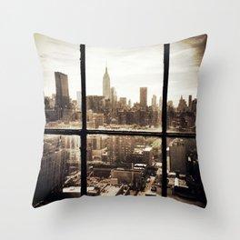 i love NY vintage Throw Pillow