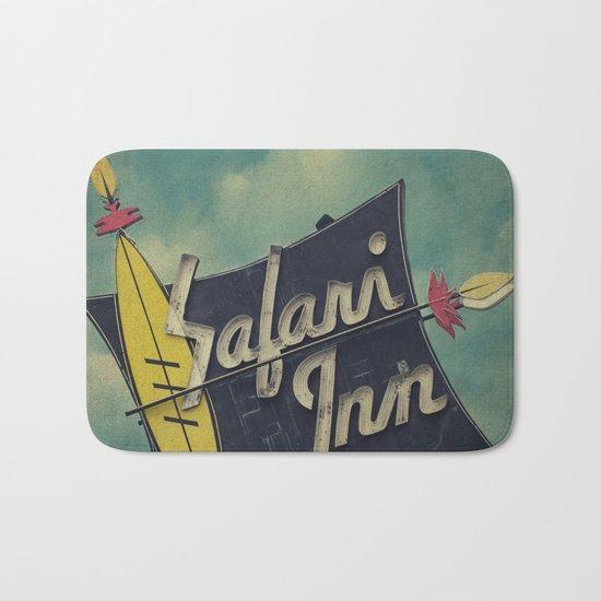 Safari Inn, Burbank, CA.  Bath Mat