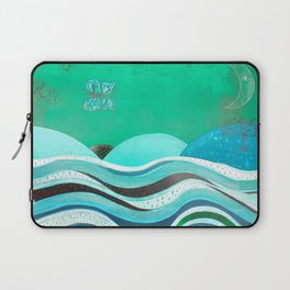 Night fly (of a butterfly) Laptop Sleeve