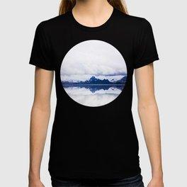 Mid Century Modern Round Circle Photo Graphic Design Navy Blue Arctic Mountains T-shirt
