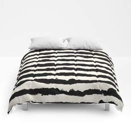 Horizontal Ivory Stripes Comforters
