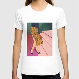 Just steppin' in, and you`re gonna hear me Roar - Fashion illustration T-shirt