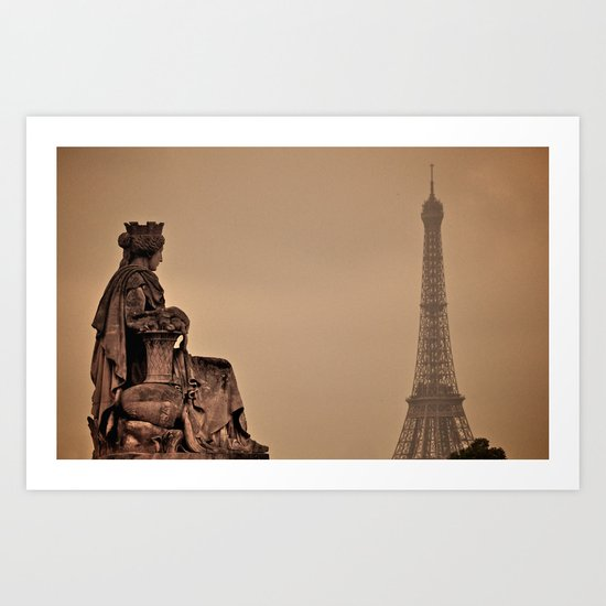 Queen in Paris Art Print