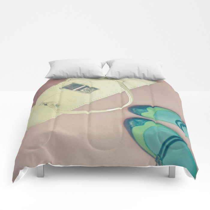 Travel Stories Comforters