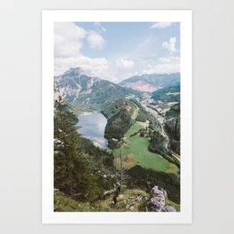 Down to the valley Art Print