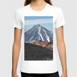 Panoramic volcanic landscape - crater active Avacha Volcano in Kamchatka Peninsula T-shirt
