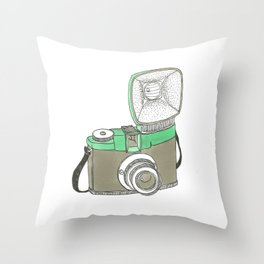 willy´s diana Throw Pillow