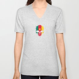 Flag of Cameroon on a Chaotic Splatter Skull Unisex V-Neck