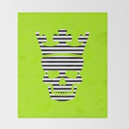 skull king green II Throw Blanket
