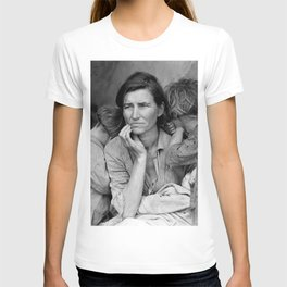 Migrant Mother by Dorothea Lange - The Great Depression Photo T-shirt