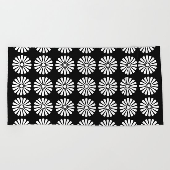 Black And White Flowery Daisy Pattern Beach Towel