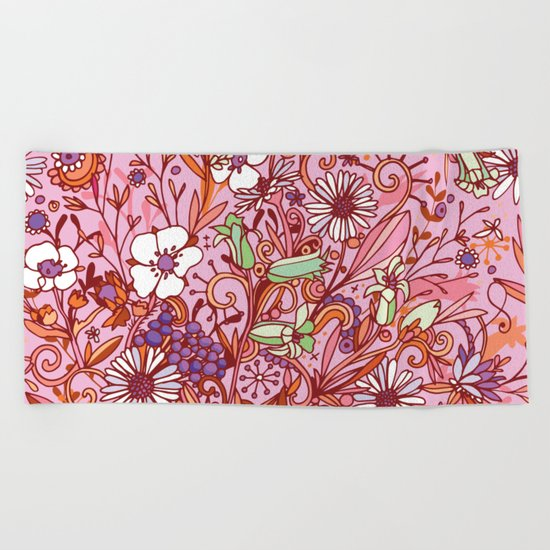 Daisy and Bellflower pattern, pink Beach Towel