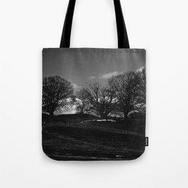 Mørket Kommer (Darkness Comes)  Tote Bag