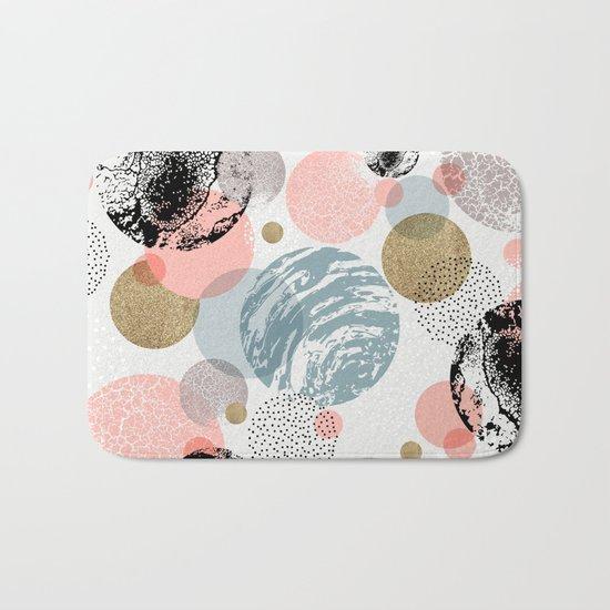 Circles texture Bath Mat