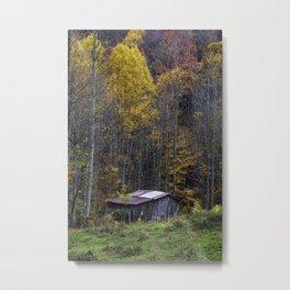 Old Mountain Barn in Autumn Metal Print
