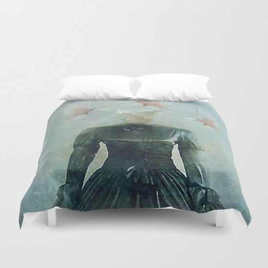 Surrealist nest Duvet Cover