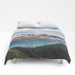 Island clouds Comforters
