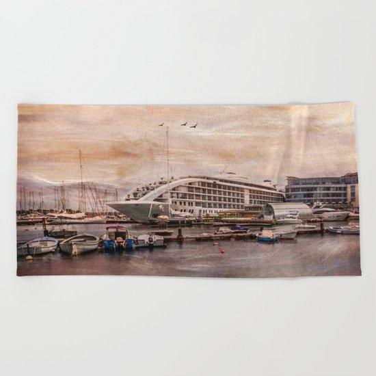 Sunborn Yacht Hotel, Gibraltar Beach Towel