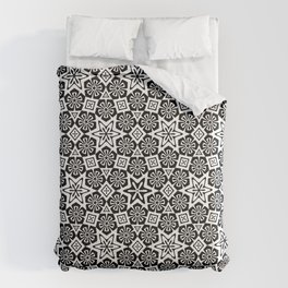 Polygon Flowers - Color: Black&White Comforters
