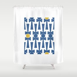 Kendama / passion obsession 1.3 Shower Curtain
