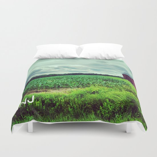 Red Barn on a Rainy Cloudy Day Duvet Cover
