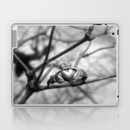 Claddagh Ring Laptop & iPad Skin