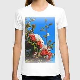 Snow Berries T-shirt