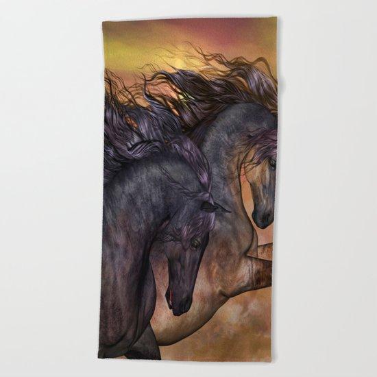 HORSES - On sugar mountain Beach Towel