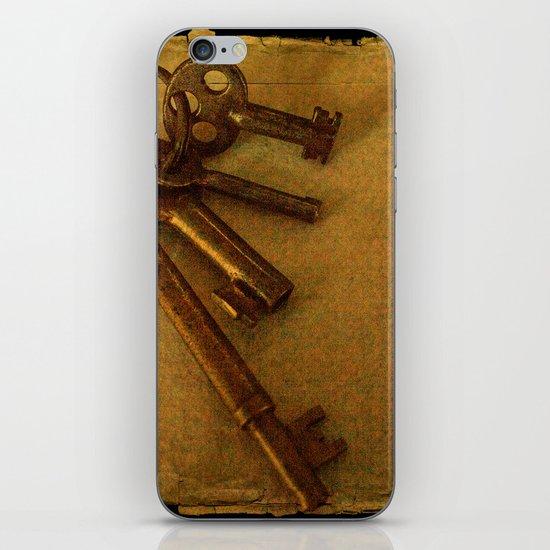 Old keys iPhone & iPod Skin