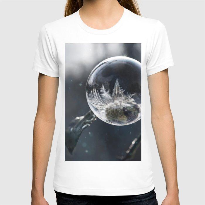 Winter wonders T-shirt