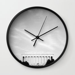 Lincoln Memorial With Wispy Clouds Wall Clock