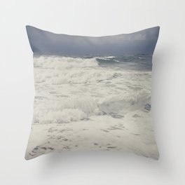 rough sea Throw Pillow