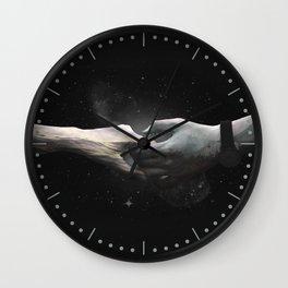 [LOVE] Sea meets Mountain - Hands Wall Clock