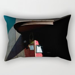 Detalles, tesoros, sorpresas (y una sombra partida en dos) Rectangular Pillow