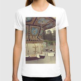 Carousel in the amusement park T-shirt