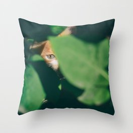 The mighty jungle Throw Pillow
