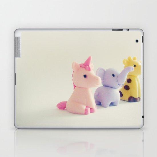 Friends: Staring into the Sun Laptop & iPad Skin